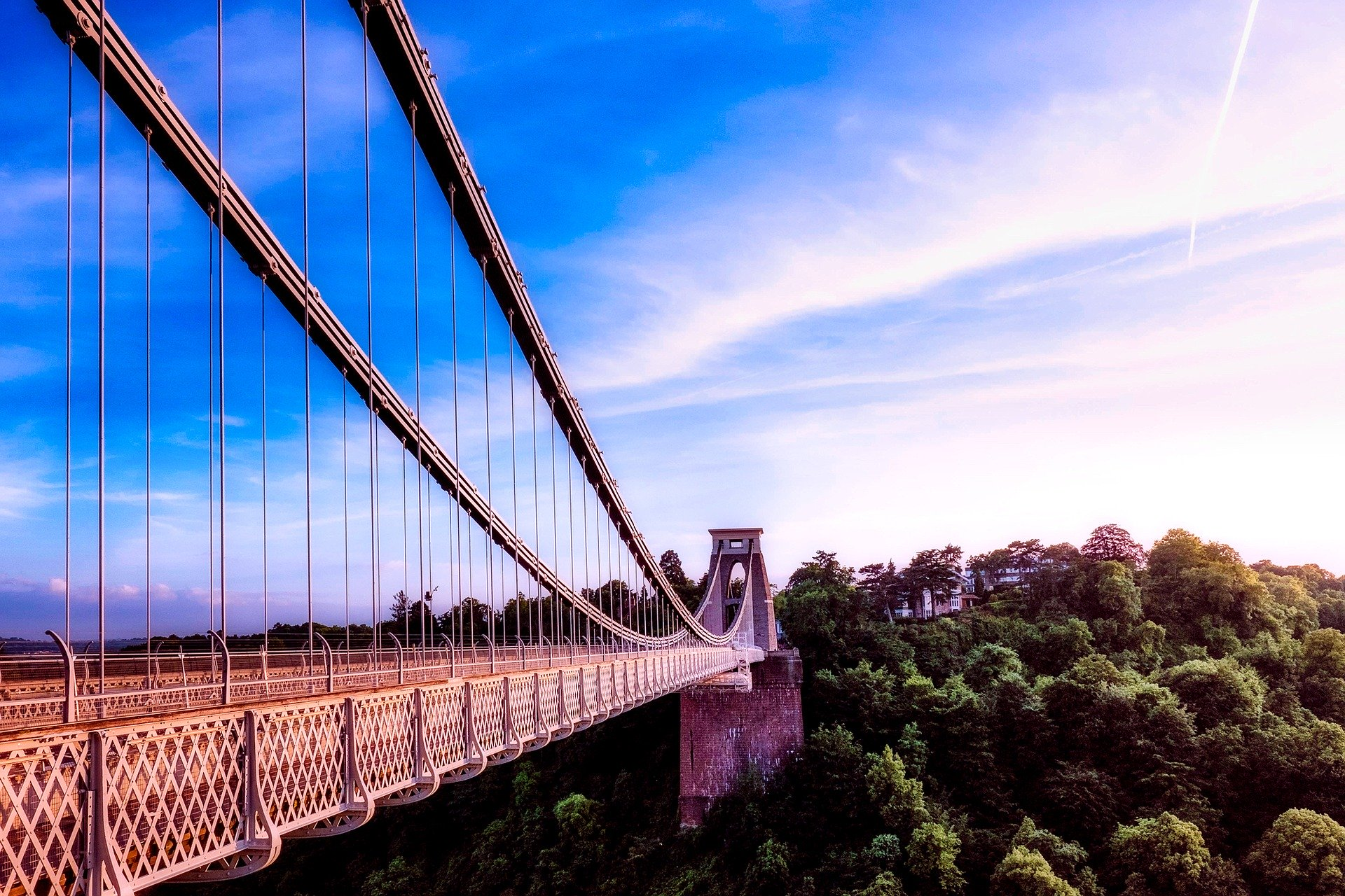 A picture of Clifton Suspension Bridge in Bristol, UK.